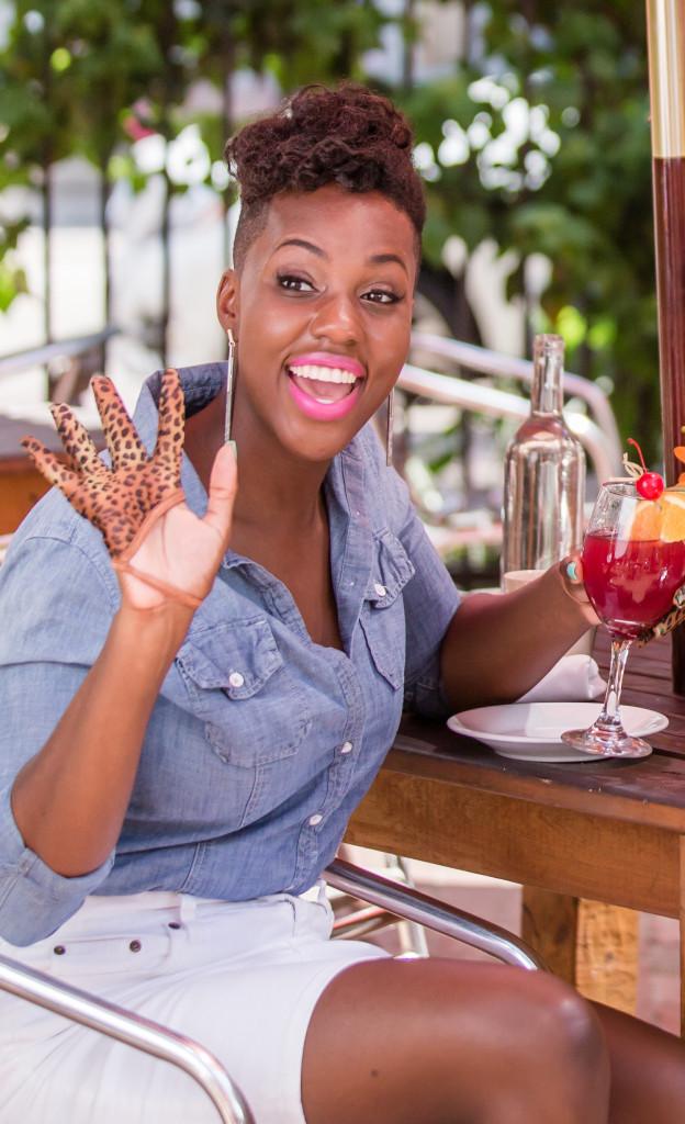 Damari Gloves, Photos by Terry Halsey