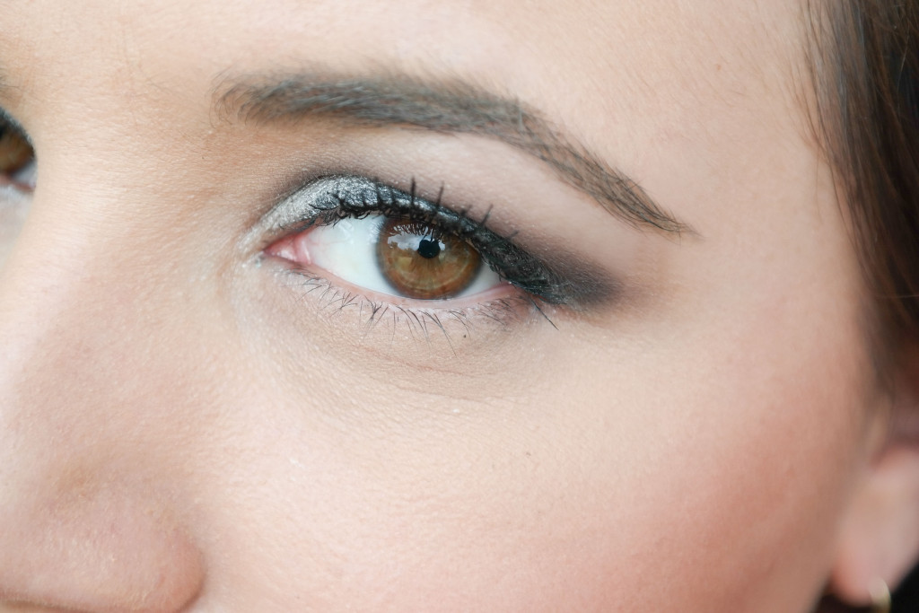 Marc-Jacobs-Velvet-Noir-Eye-Shadow