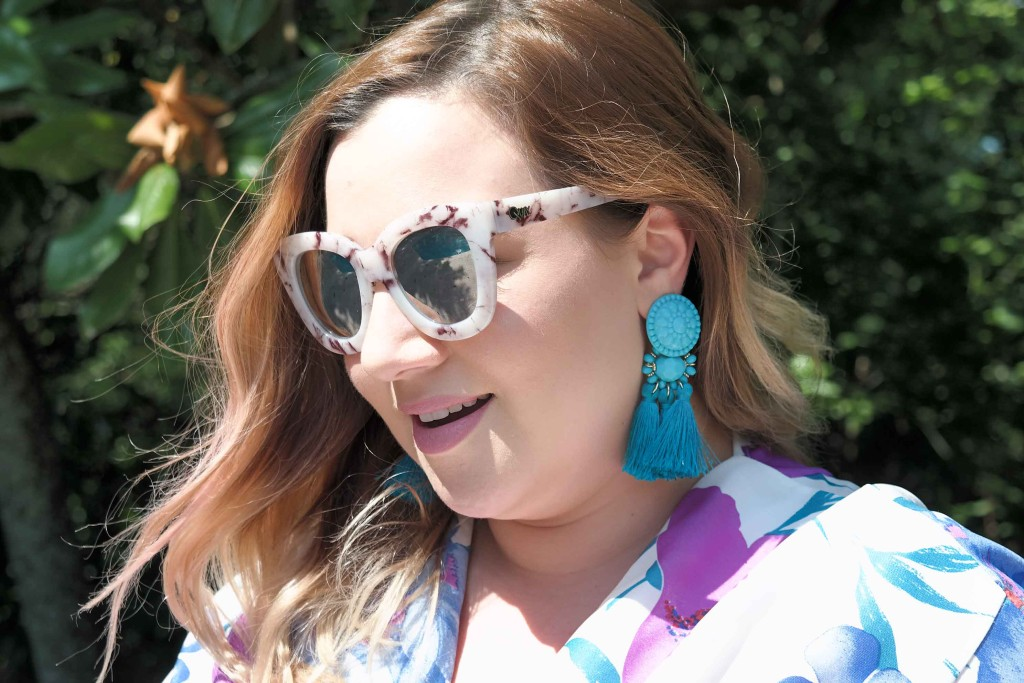 Statement-earrings-at-The-Rienzi-House