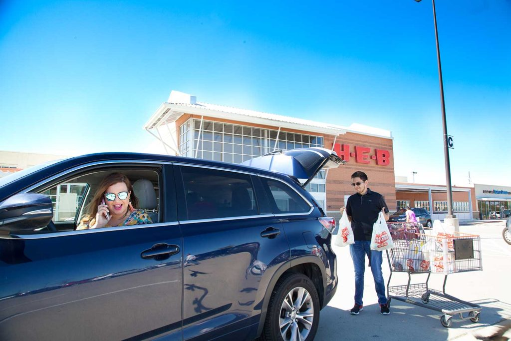 H-E-B-Curbside-by-Lipstick-and-Brunch55